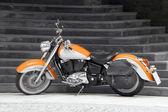 мотоцикл в оранж — Стоковое фото