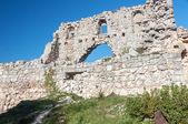 Die Ruinen der antiken Stadt auf die Hochebene Mangup-Kale. Krim. Ukraine — Stockfoto