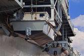 Elemento portante di velivolo da vicino su una barca di lato — Foto Stock