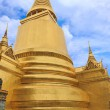 Pagoda insdie tha Wat Phra Kaew area — Stock Photo