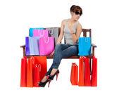 Yong mujer asiática con coloridos bolsos de compras — Foto de Stock