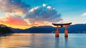 Great floating gate (O-Torii) on Miyajima island — Stock Photo