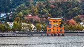 宮島に偉大なフローティング ゲート (o 鳥居) — ストック写真