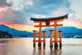 Great floating gate (O-Torii) in Miyajima, Hiroshima — Stockfoto