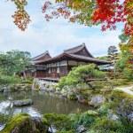 Chisen-kaiyushiki, Pond-stroll garden in Ginkaku-ji temple in Kyoto — Stock Photo #42579103