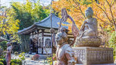 Buddha statue with the Guardians at Hasedera Temple in Kamakura — Stock Photo