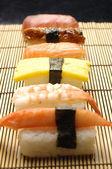 Frisches sushi — Stockfoto