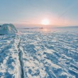 Sunrise on winter Baikal — Stockfoto