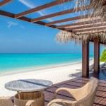 Tropical beach with sky — Stock Photo #21842529
