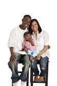 Porträtt av unga afrikanska amerikanska familj — Stockfoto