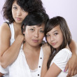 Headshot of asian mother and her two daughters — Stockfoto