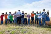 Eine freudige religiöse gruppe von familie und freunden — Stockfoto