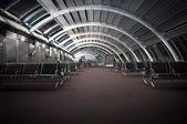 пустой зал ожидания в аэропорту — Стоковое фото
