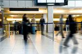 Verksamhet vid flygplatsen — Stockfoto