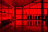 Wnętrze nowoczesne lotnisko — Zdjęcie stockowe