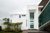 Big modern house — Stock Photo