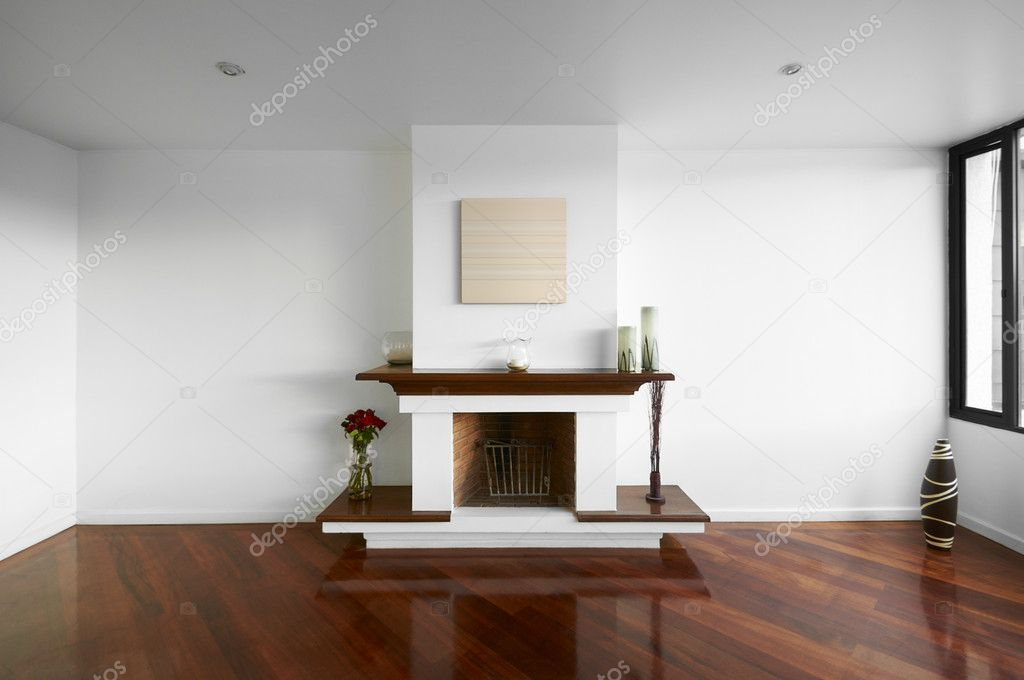 Gran vac a sala de estar con chimenea paredes blancas y for Chimeneas para pisos