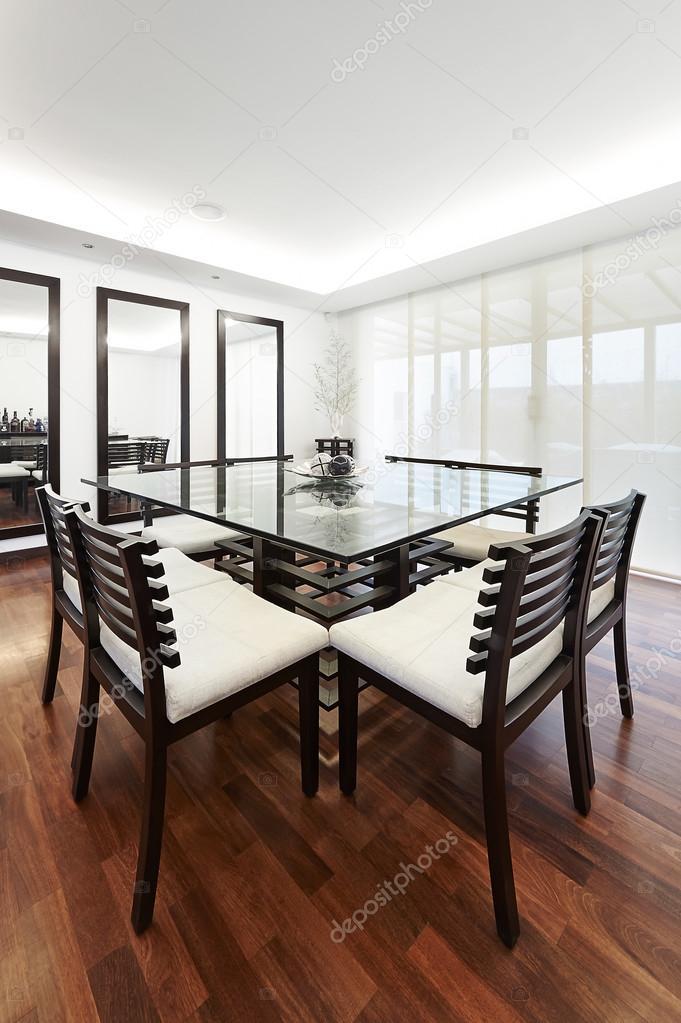 Innenarchitektur moderne elegante esszimmer stockfoto for Innenarchitektur esszimmer