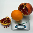 Average weight of oranges — Stock Photo