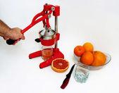 Chutné a čerstvé šťávy z citrusových plodů. — Stock fotografie