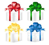 Set of colorful gift boxes with bows and ribbons. — Cтоковый вектор