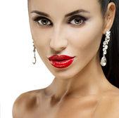 Retrato de moda modelo morena. — Fotografia Stock