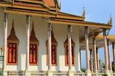 Templo en palacio real, phnom penh, camboya — Foto de Stock