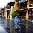 Local Cyclist in UNESCO heritage site in Hoi An, Vietnam — Stock Photo #40704809