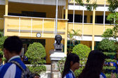 Ho Chin Minh statue in Secondary school in Danag Vietnam — Stock Photo