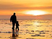 Raveler con un bambino — Foto Stock