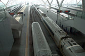 High-speed trains in Guangzhou station — Stock Photo