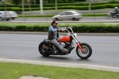 Harley-Davidson motorcyclist — Stock Photo