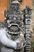 Balinese temple sculpture — Stock Photo