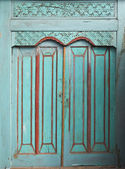 Traditional Balinese door — 图库照片