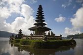 Hindu - Buddhist temple Ulan Danu Bratan in Bali, Indonesia — Stock Photo