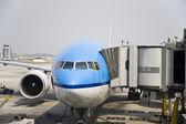 Dutch airplane refueling at Kuala Lumpur airport — Stock Photo