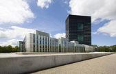 Modernes bürogebäude in westraven, utrecht, niederlande — Stockfoto