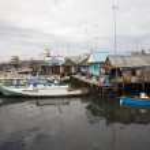 Slum area near Paotere harbor, the old port of Makassar — Stock Photo #19386571
