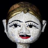 骨董品店で販売のためのアンティークのインドネシアの操り人形 — ストック写真