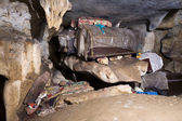 Cave with coffins in the Tana Toraja area in Sulawesi — Stock fotografie
