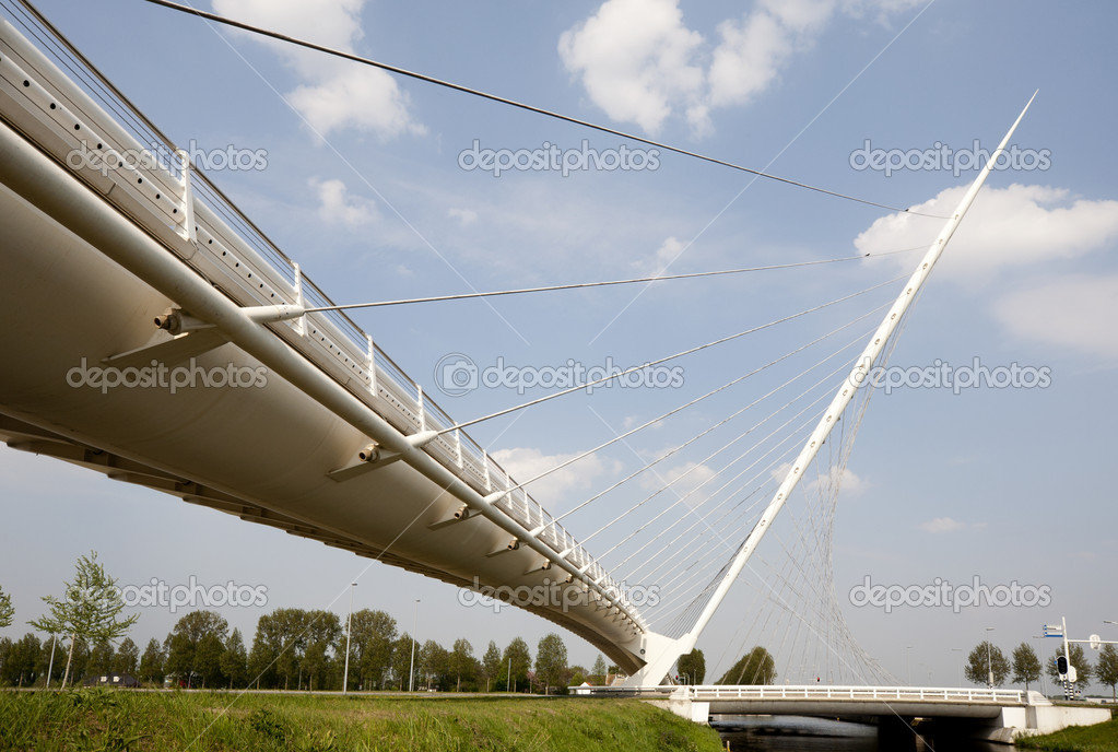 One of three Calatrava bridges in Hoofddorp, the Netherlands — Stock Photo #19507125