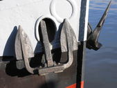 Two anchors on a Dutch ship — 图库照片