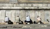 Men washing before praying, Istanbul, Turkey — Stock Photo