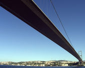 Bosphorus Bridge connecting Europe and Asia, Istanbul, Turkey — Zdjęcie stockowe