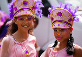 Street dancers on Summer Carnival in Rotterdam — Stock Photo