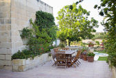 Maltese farmhouse garden — 图库照片
