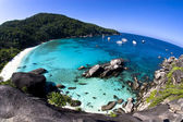 Tropical island bay overview from high point in Similan Islands, Thailand — Stock Photo
