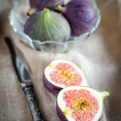 Ripe figs — Stock Photo #30559997