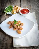 Scampi's met saus — Stockfoto