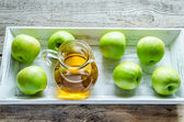 Apple juice with fresh apples — Stock fotografie